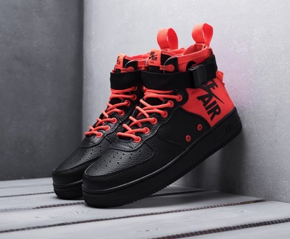 Nike SF Air Force 1 Mid black-red