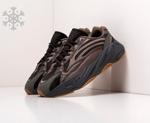 Adidas Yeezy Boost 700 v2 серые